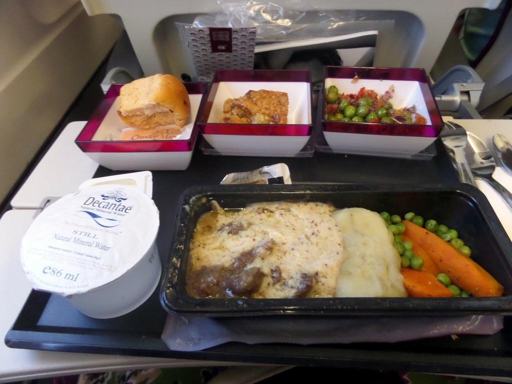 Meal served in Economy on Qatar Airways flight
