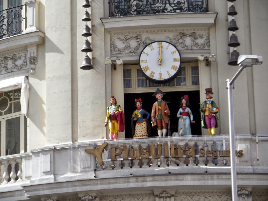Ornamental Chimng Clock Madrid