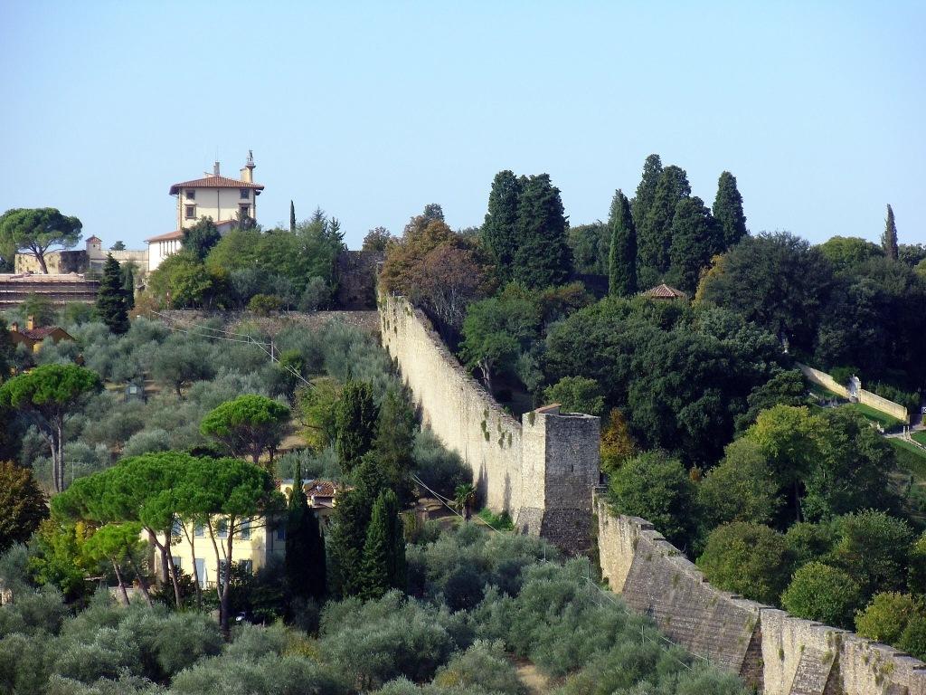 The Roman Walls, Florence