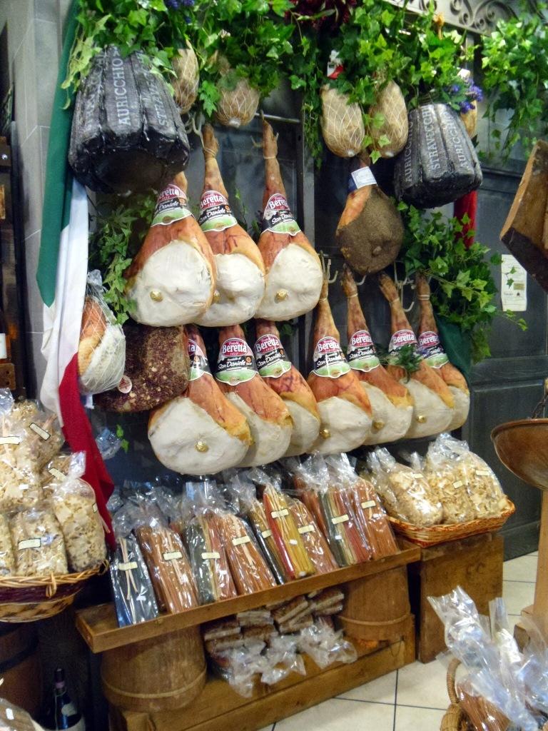 Italian hams, Florence market