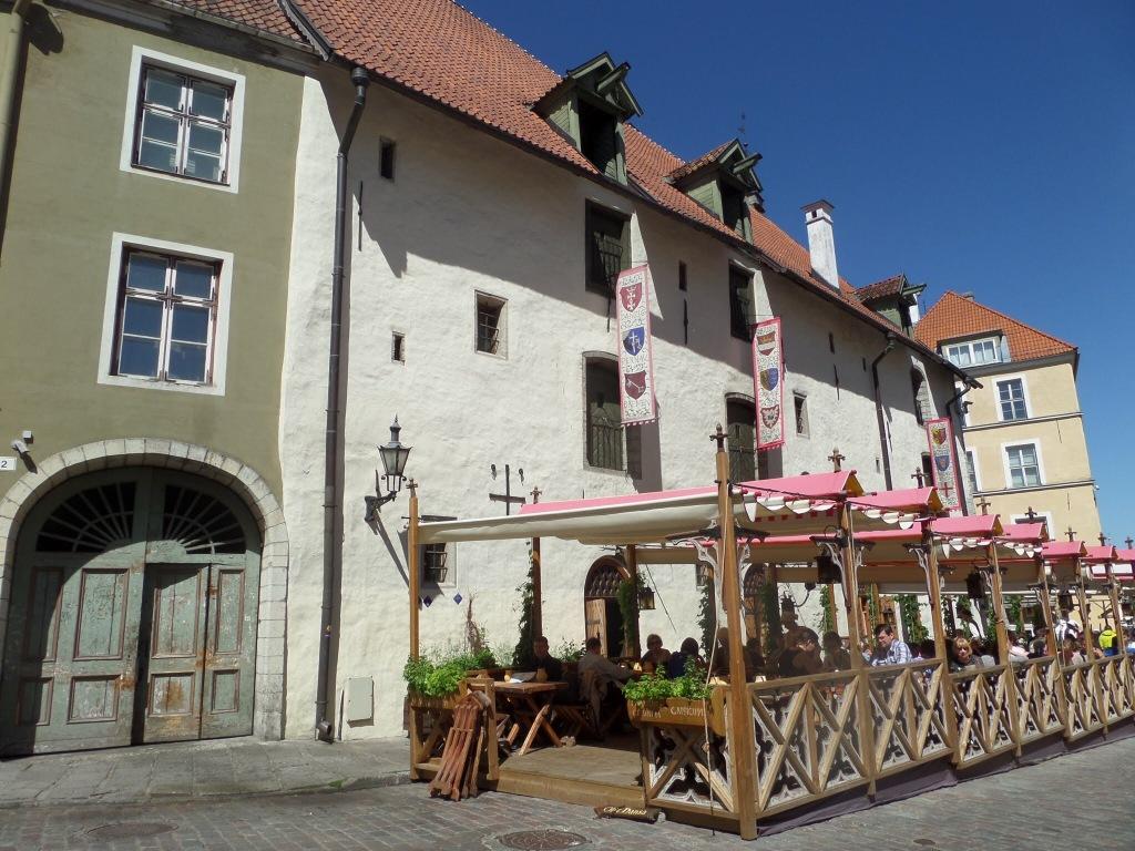 Hell Hunt restaurant, Tallinn