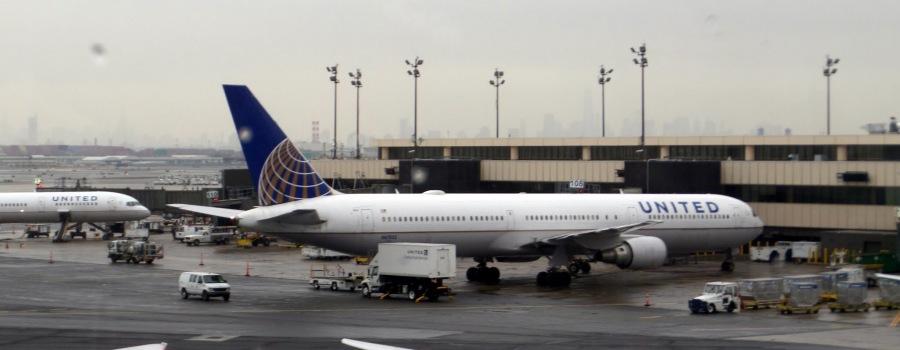 United Airways Plane
