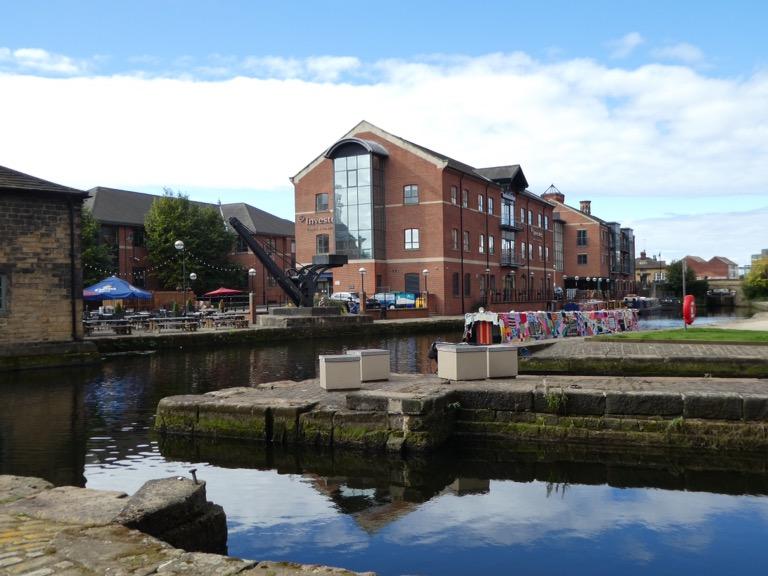 Leeds Liverpool Canal in Leeds