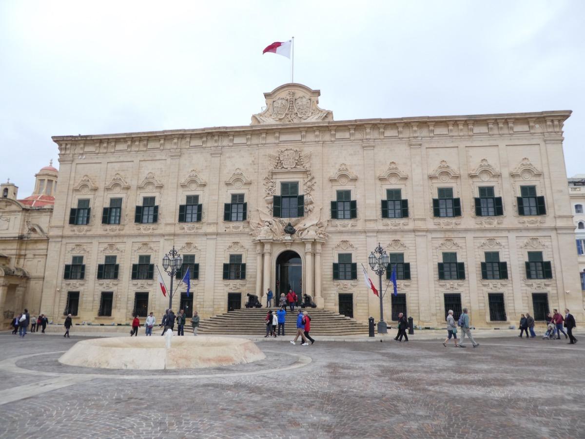 Auberge de Castle et Lion, Valletta