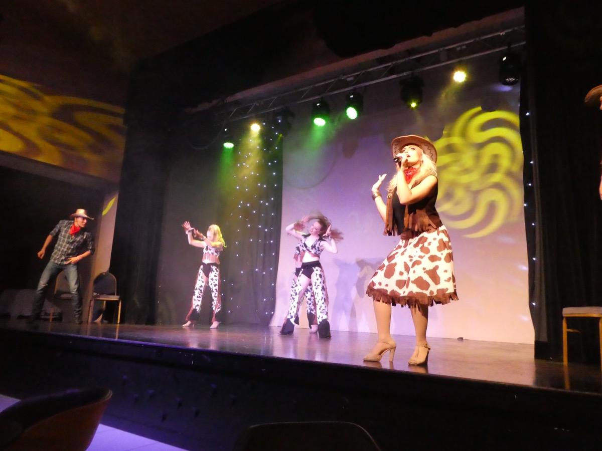 Evening entertainment in the DB San Antonio, Malta