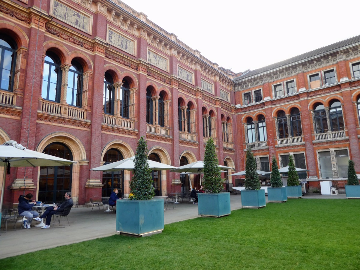 The Inner Courtyard Cafe, V & A Museum