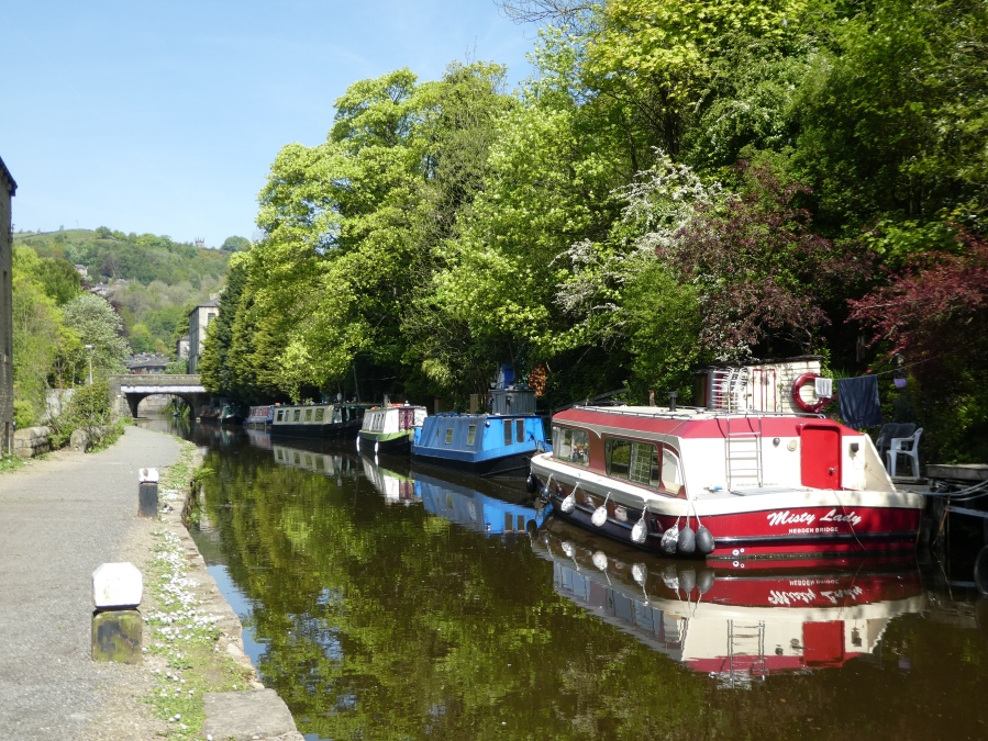 The Rochdale canal in Hebden Bridge
