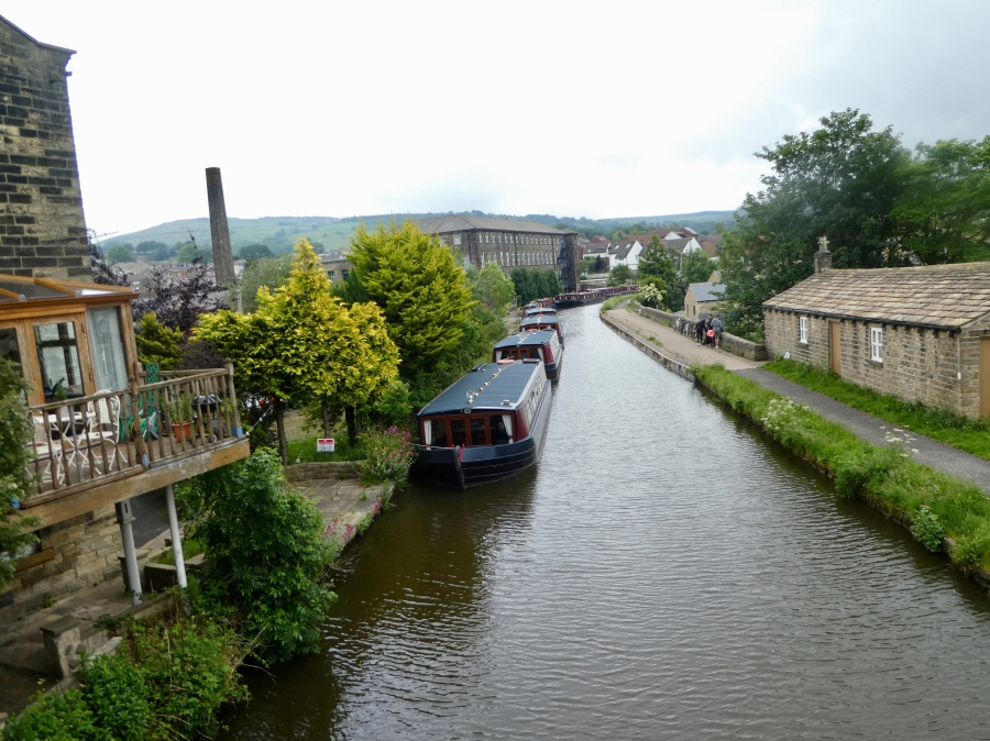 Leeds and Liverpool Canal, Silsden